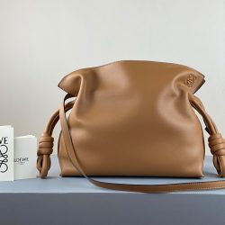 Loewe Flamenco Clutch Nappa Calfskin In Brown